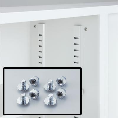 本体の側面には横連結用穴が開いています。連結しない場合の穴隠し用キャップも付属しています。連結時はオプションの左右連結金具TKM-6が必要です。