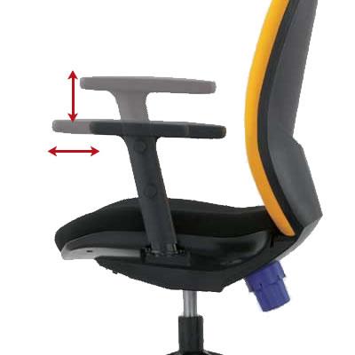 上下・前後に調節可能な 2 WAY フレキシブルアーム。キーボードやマウス操作時の最適な肘や腕のワークポジションが設定できます。