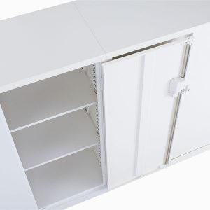 扉の開きは180°オープン