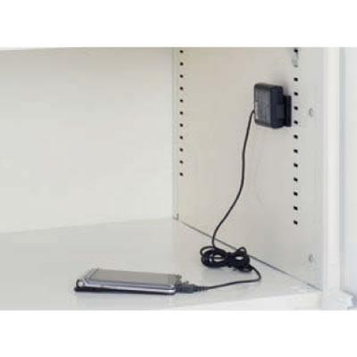 モバイル端末の充電に最適な、各扉ごとに1口のコンセントが付いているタイプ。容量はそれぞれ1Aです。