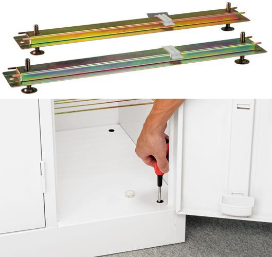 オプションでアジャスター(S-AJ)の取り付けが可能。高さの微調整を行うことで長く快適に使えます。