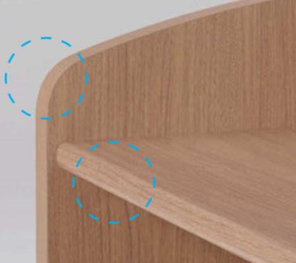 発表者の肘や腕などが触れるエッジ部は柔らかなラウンド形状になっています。