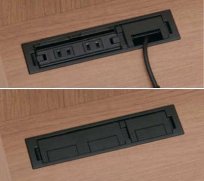 机上左側には配線孔が付属。マルチコンセントユニットも取付けできます。