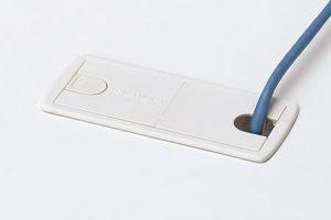 配線孔カバー