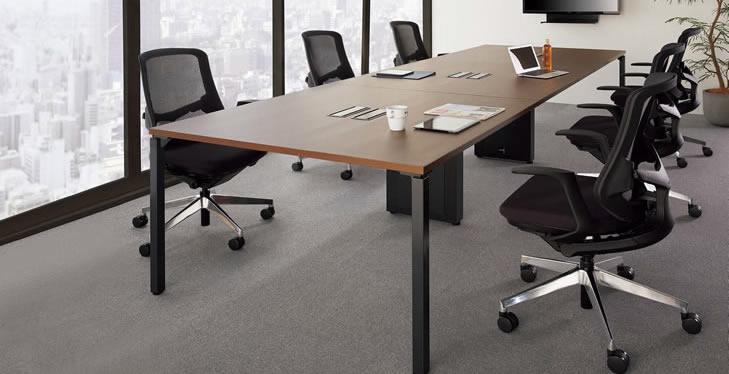 大型会議テーブル